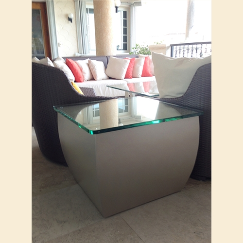Curve End Table